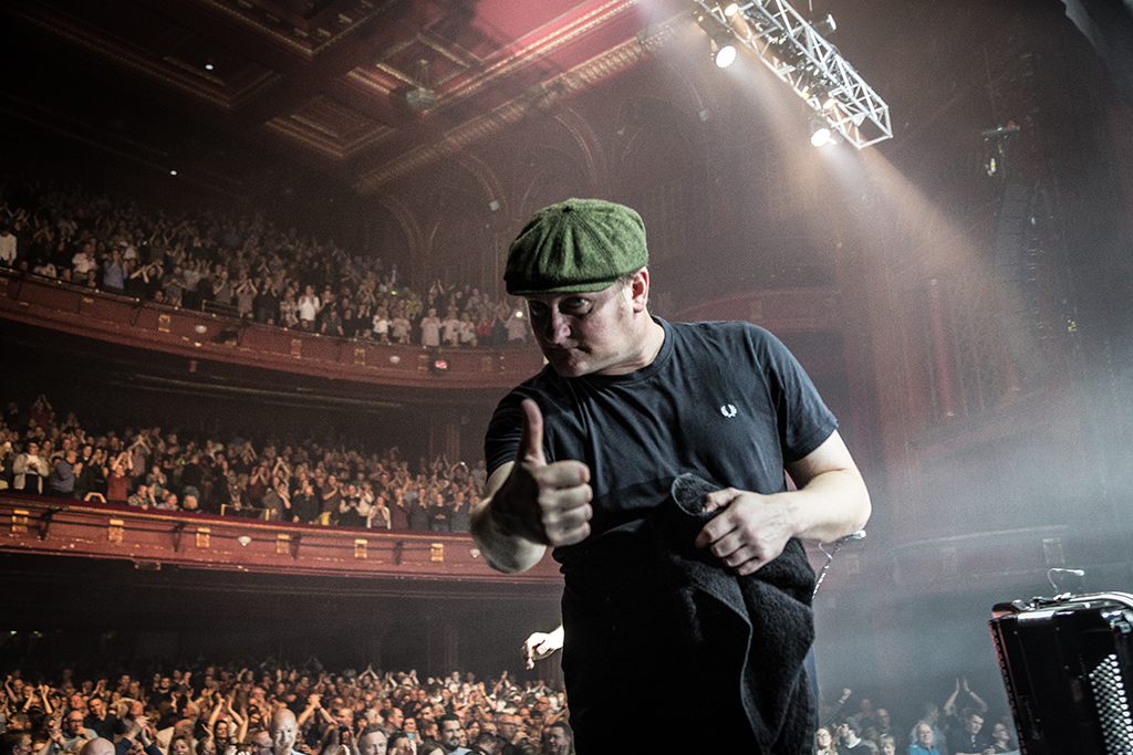The Proclaimers live at Edinburgh Playhouse 5th Dec 2015. Shot by Chris McCluskie www.100isa.co.uk